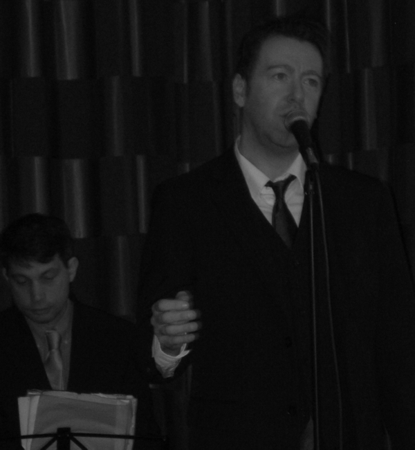 Casablanca style jazz from the age of Hollywood - classy and sophisticated jazz and swing for weddings, parties and events in Bristol, Bath, Wiltshire, Somerset, Gloucestershire, Oxford and Oxfordshire - www.Stardust-Music.co.uk